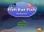 Рыбки охотятся на рыбок