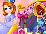 Принцесса София моет карету