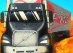 Дальнобойщик на грузовике