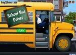 Водитель школьного автобуса развозит детей