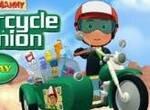 Мэнни на мотоцикле встречает друзей