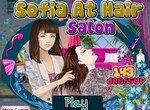 Красавица София в парикмахерской