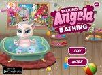 Кошечка Анжела в ванной