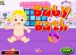 Малыш Эдди в ванной